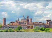 Una gita a Mantova centro storico, navigazione, palazzo te